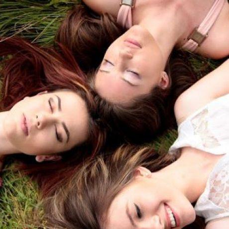 7 Ciri-Ciri Sahabat Yang Tulus