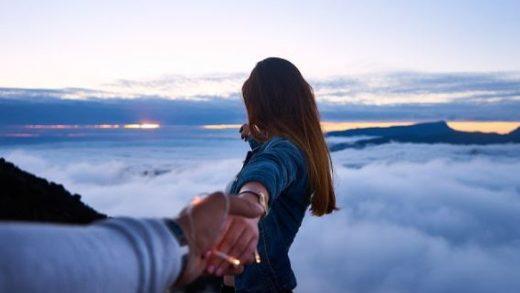 5 Tanda Pria Serius Dalam Hubungan Jarak Jauh