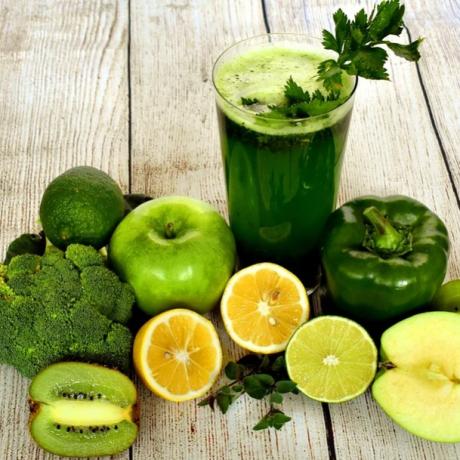 Mengonsumsi Jus Buah dan Sayur Dapat Menurunkan Kolesterol Jahat